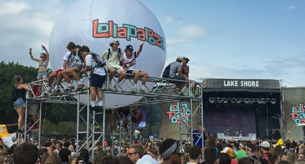 Chicago's Lollapalooza festival will offer free tickets to 1,200 vaccinated locals