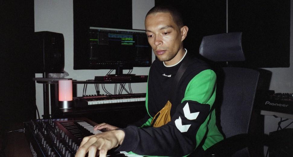 Batu_first_light_studio
